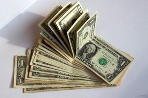 Что можно купить на 1$ США в разных странах мира