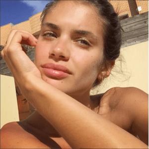 Сара Сампайо