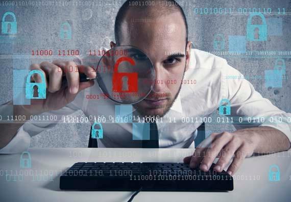 Как вести секретную переписку в мире, где за вами постоянно следят: методы Эдварда Сноудена