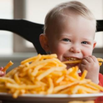 Полезный фаст-фуд: чем накормить ребенка в ресторане быстрого питания