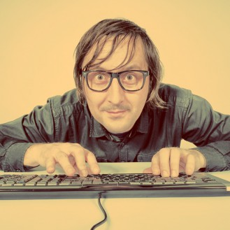11 привычек в социальных сетях, от которых нужно избавиться к 30 годам