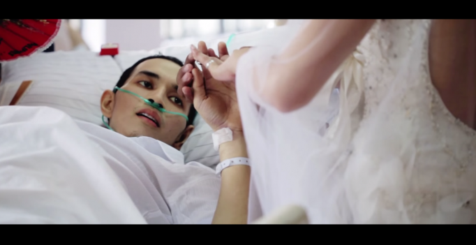 Душераздирающая свадьба умирающего от рака жениха и его невесты