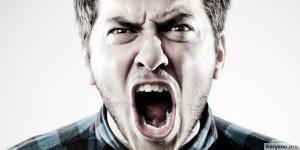 Твердое правило при столкновении с агрессией