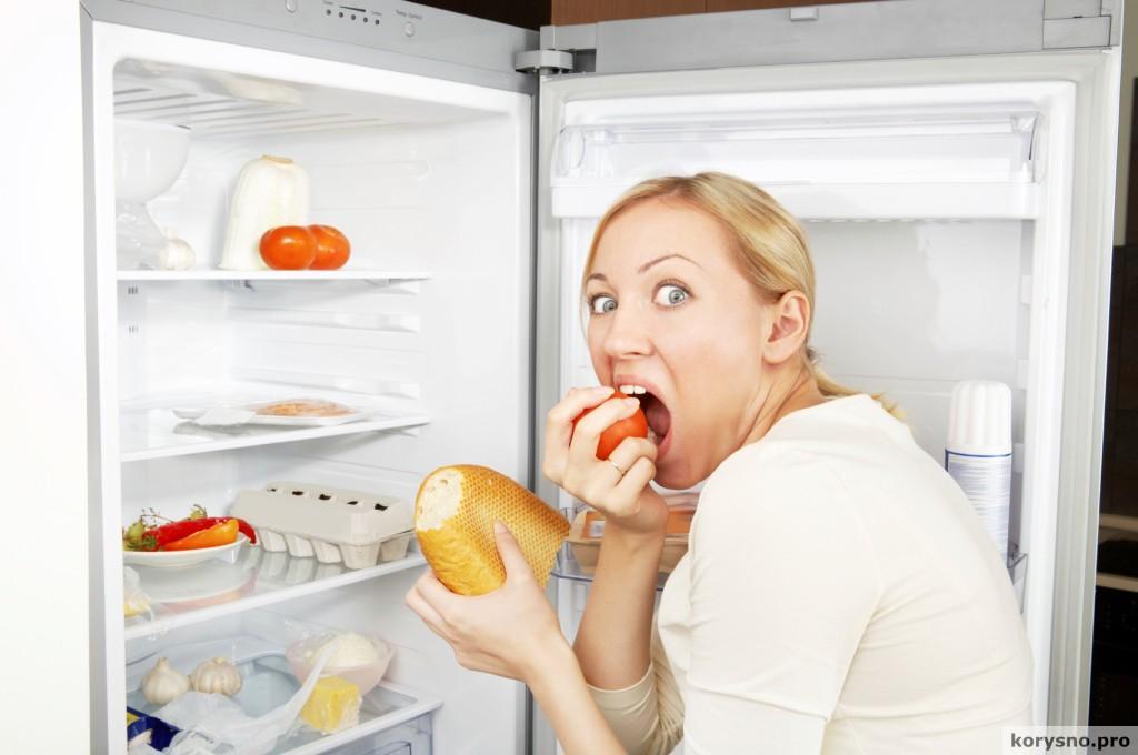 Самая вредная еда на ночь и почему хочется есть ночью?