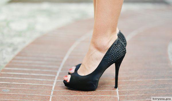 Мужчины, а вы знали, что от каблуков вылезает геморрой