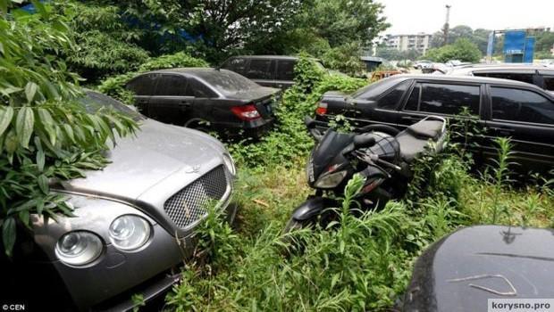 Заброшенная парковка и авто на миллионы долларов