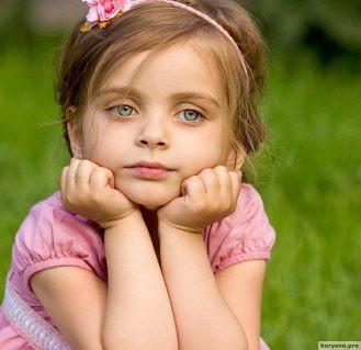 Эту девочку бросил отец. То, что она сказала матери, должно стать уроком для всех