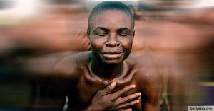 Вот что делают жители этого африканского племени, когда кто-то совершает плохой поступок…