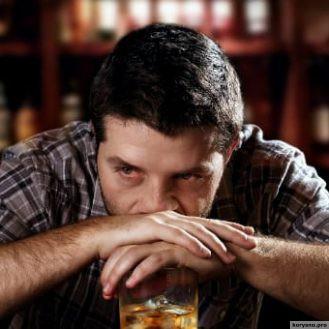 9 шагов, которые вы в состоянии предпринять, если ваш близкий — алкоголик
