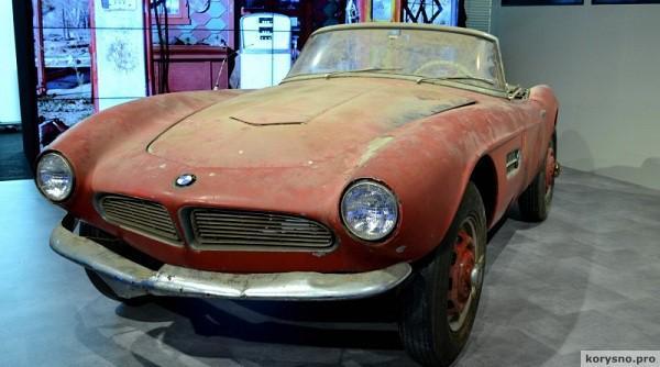 Компания BMW закончила реставрацию родстера Элвиса Пресли