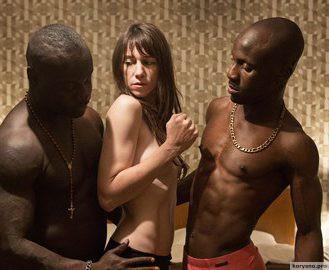 10 самых ненужных откровенных сцен в истории кино (18+)