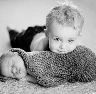 Притча от Хорхе Букай: Дети были одни...