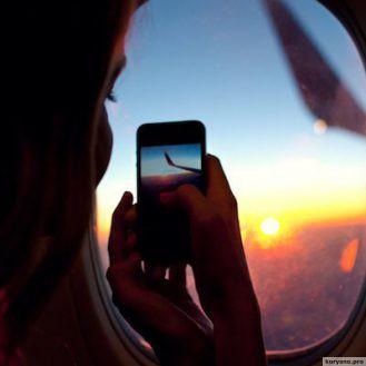 14 вещей, которые вам не стоит делать в самолете