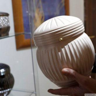 Ватикан запретил кремацию и хранение праха