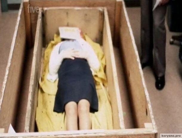 Ее заперли в гробу на 7 лет!