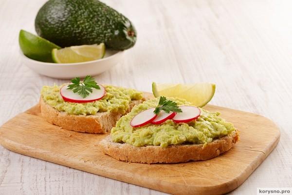 Вкуснейший паштет из авокадо: 3 восхитительных рецепта