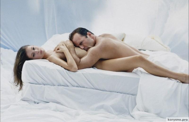 11 вещей, которые девушки любят в постели, но стесняются в этом признаться