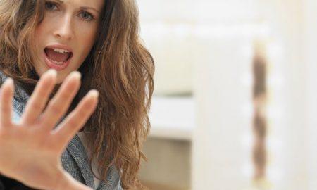 3 способа отказать людям, которые пытаются сесть вам на шею