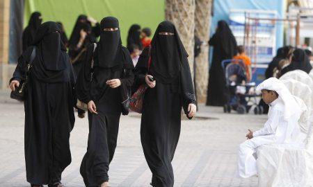 «Ненакрашенная - страшная» и еще 20 нелепых причин разводов у арабов
