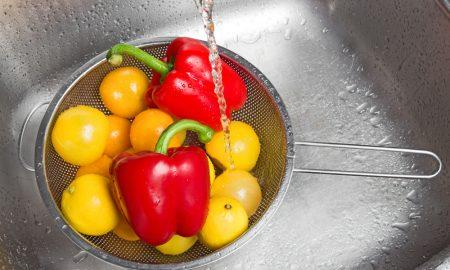 6 ошибок хозяек: какие продукты мыть нельзя и какие нужно мыть всегда