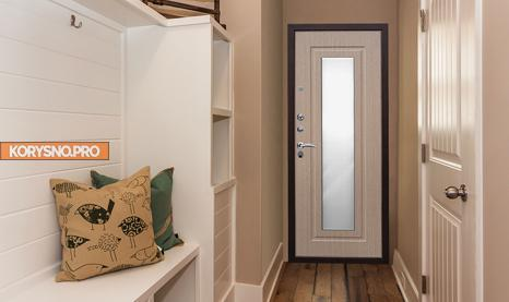 Входная дверь: 4 способа повысить практичность и оригинальность двери