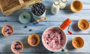 Ням-ням: 3 простых рецепта фруктового мороженого