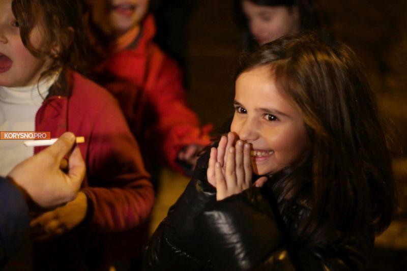 Праздник курящих детей в Португалии (фото)