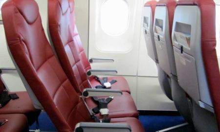Вот почему никогда не следует использовать карманы кресел в самолете