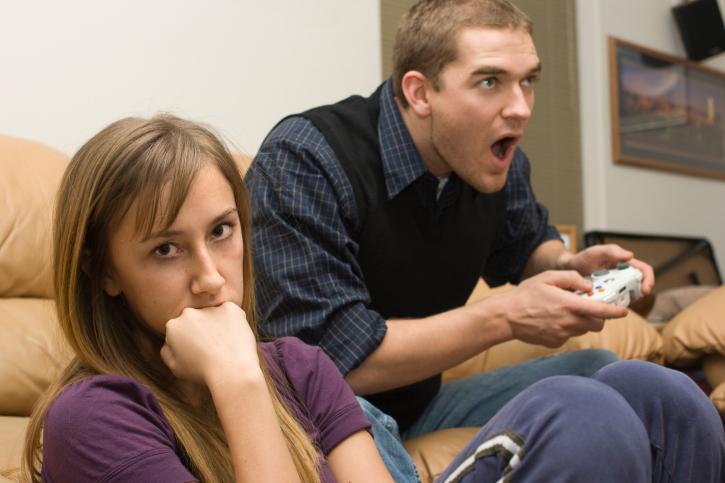 Как отучить мужчину от компьютерных игр