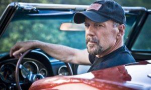 Машина для героя: на чем ездят голливудские звезды боевиков 1990-х