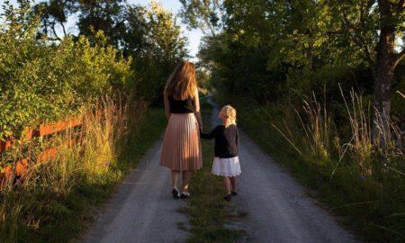 Кнут или пряник? Особенности воспитания ребенка в неполной семье