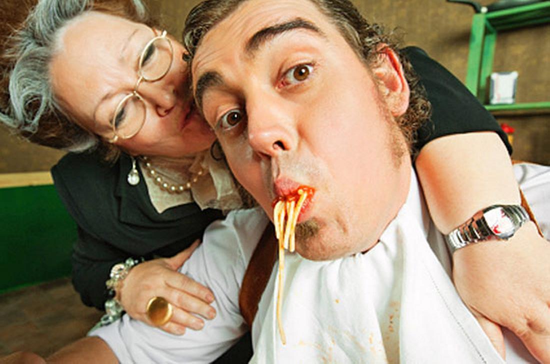 5 причин, почему хорошие мужчины живут с мамами