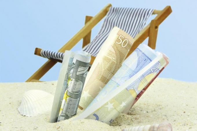 Как накопить на отпуск мечты, если у вас небольшая зарплата: 9 лайфхаков