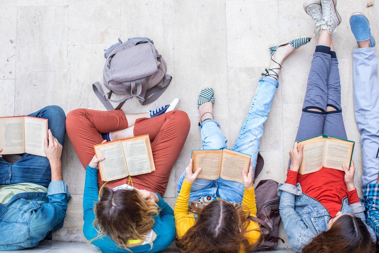 10 историй о том, как родители опозорили детей