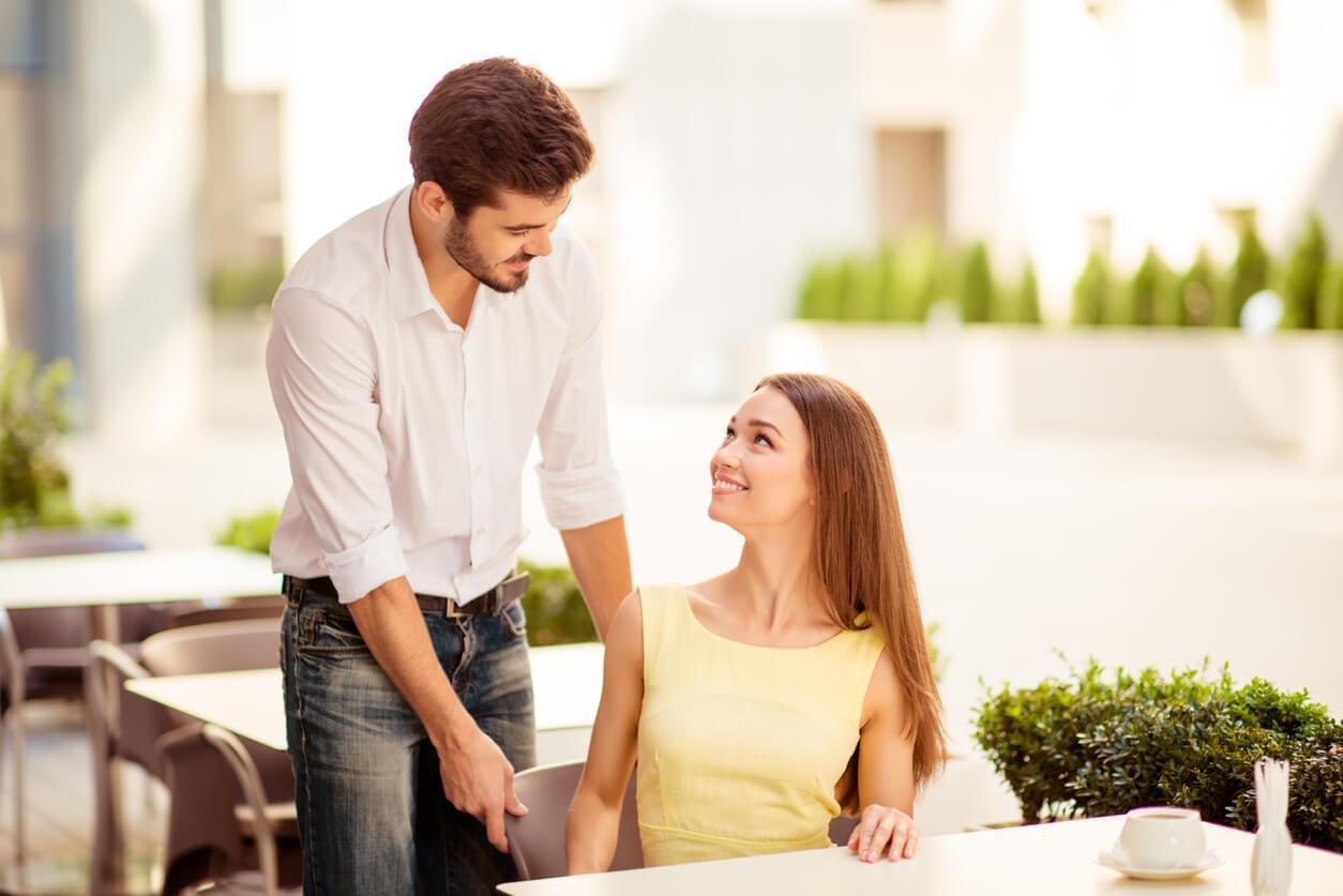 Как хорошие манеры могут изменить вашу жизнь? Топ-5 секретов, которые сделают женщину «магнитом» для мужчин