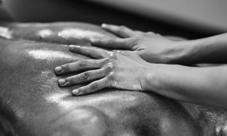 5 лучших техник эротического массажа, которые сведут с ума твоего мужчину