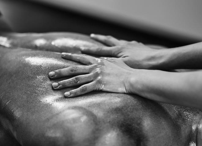 Эротический массаж - в чем его преимущества и как его делать?