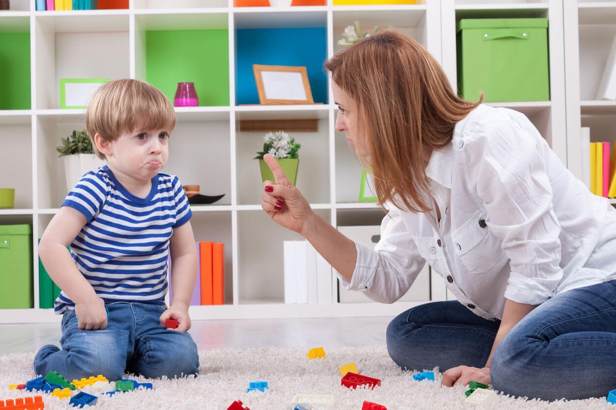 Почему ребенок вас не любит и как это исправить?