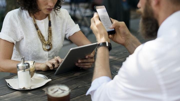 5 психологических уловок, которые заставляют тебя сидеть в интернете