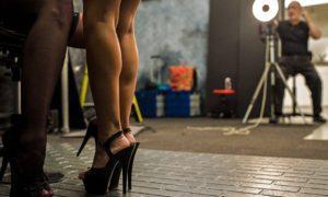 Честно о тайном и порочном: девушка с порносайта рассказала, как создается порноиндустрия (18+)