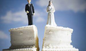 Серебряные… разводы: 5 причин, по которым пары разводятся, прожив вместе десятки лет