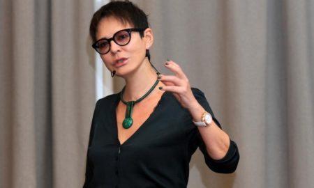 10 правил успеха от Ирины Хакамады: для каждой женщины секрет счастья только один